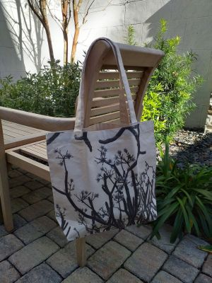 AFT662 100 Cotton Canvas Silk Screened Handy Tote