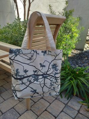 AFT822B 100 Cotton Canvas Silk Screened Handy Tote