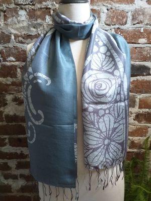 KED550d 100 Silk Hand Batik Shawl Scarf