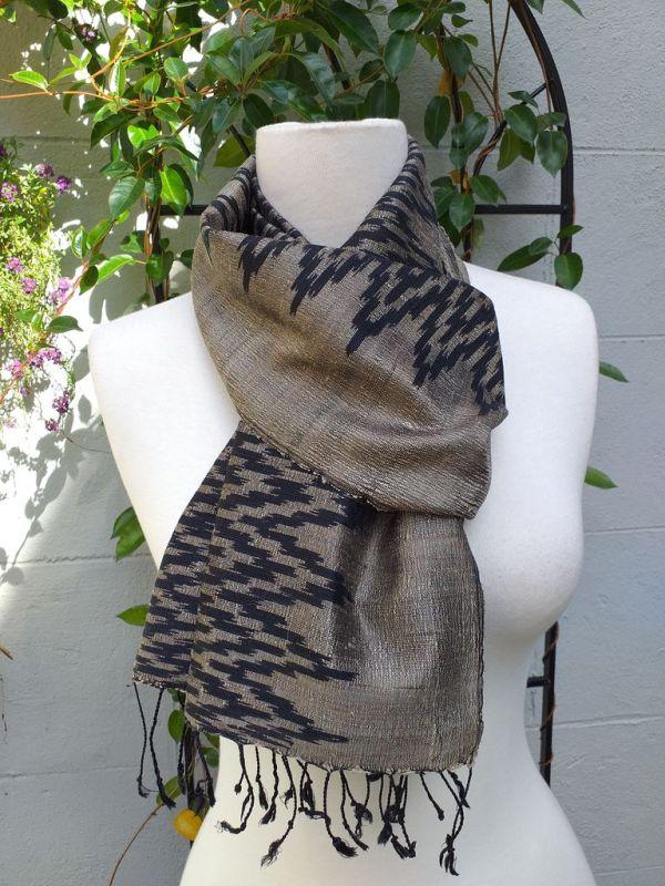 NMD514E SEAsTra Fair Trade Silk Scarf
