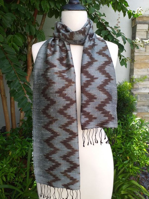NMD670a Thai Silk Hand Woven Colorful Scarf