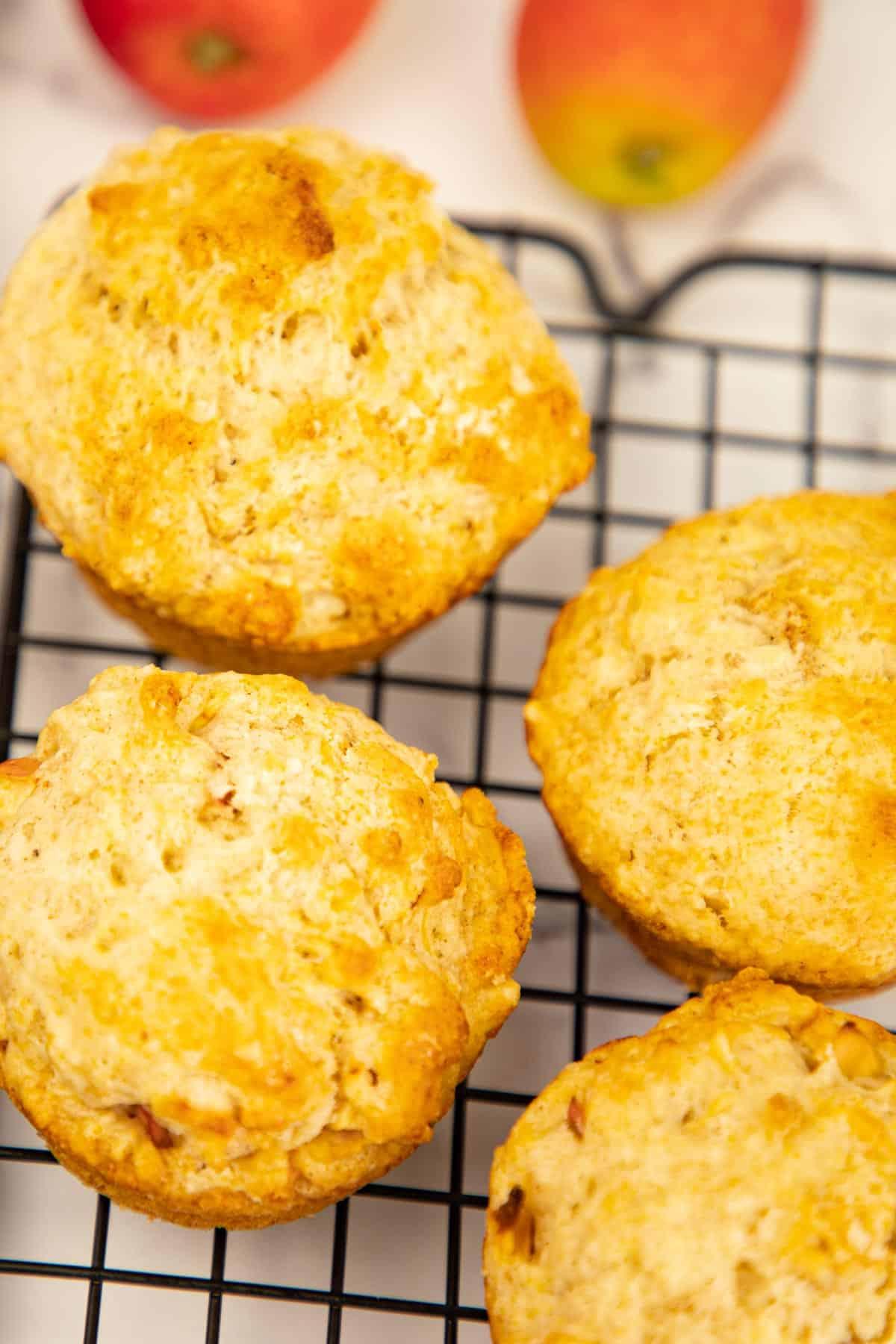 Easy Apple Muffins via @seasiderecipes
