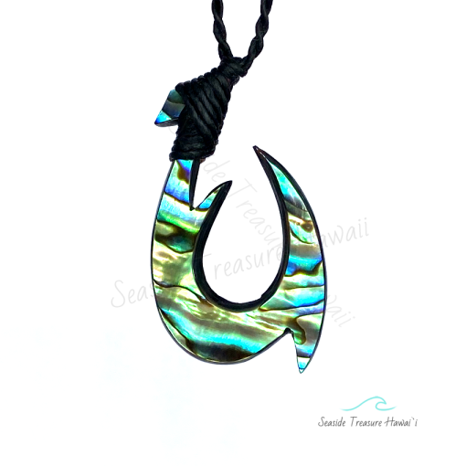 triple barb fish hook necklace