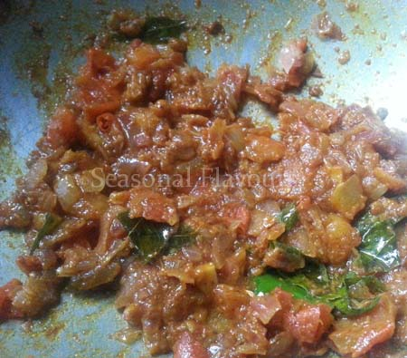 Add spices to Soya Bean Kurma