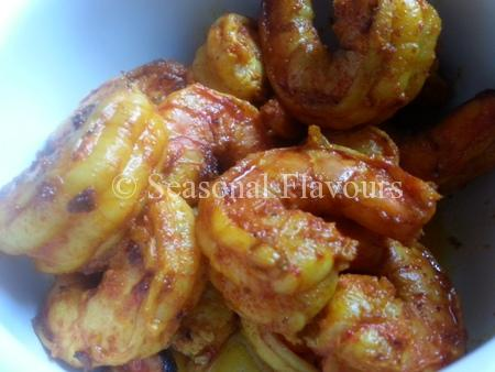 fry prawns for Chingri Recipe