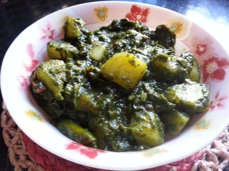 Aloo Palak Punjabi Curry