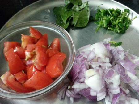 Ingredients for vankaya tomato curry recipe