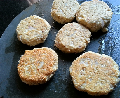flip over poppy seeds coconut fritters for Bengali bora recipe