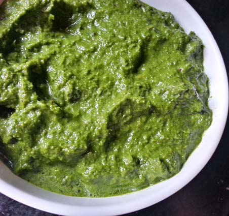 coriander paste for dhone pata maach recipe