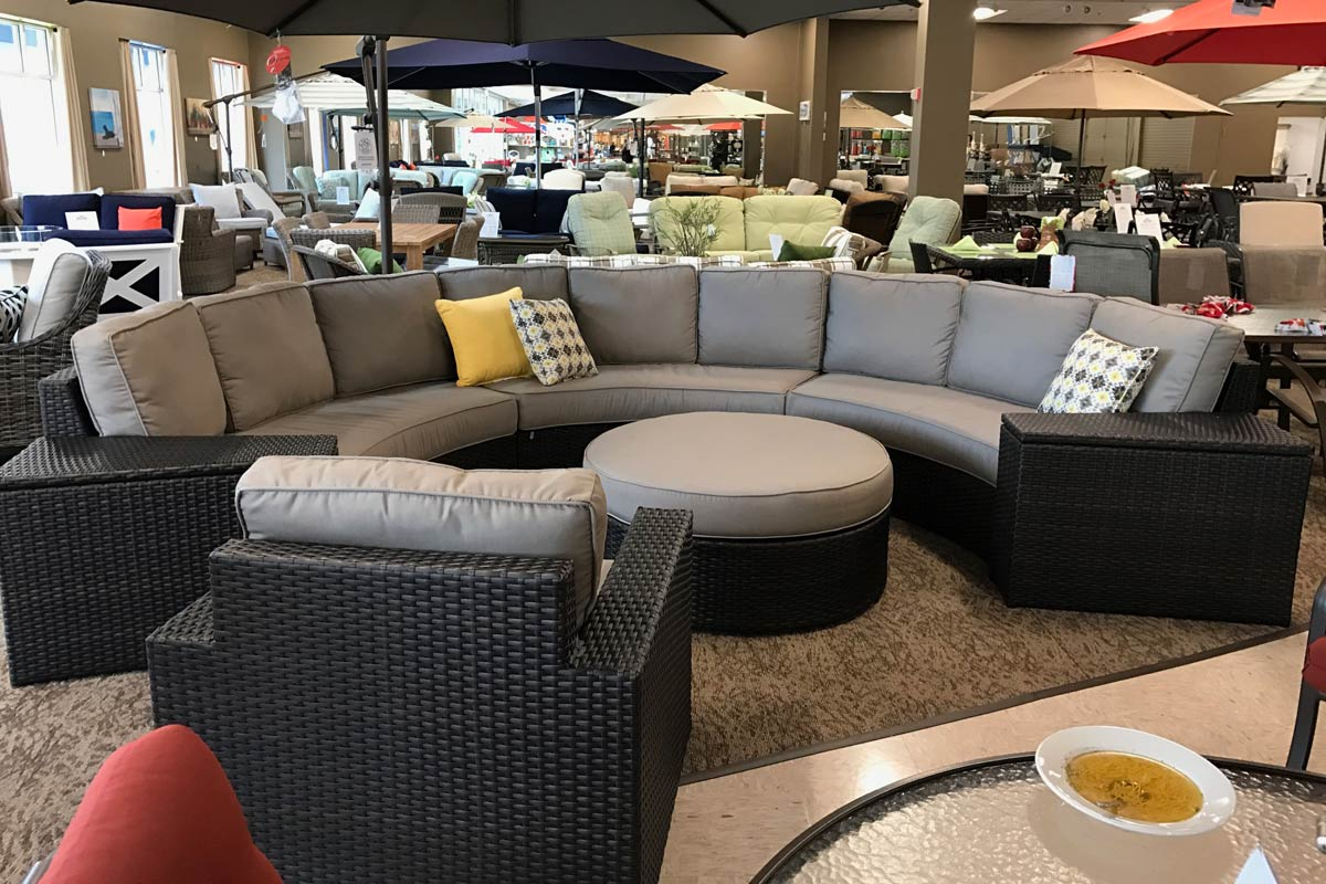 Patio Renaissance Del Mar Crescent Sectional  Seasonal