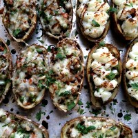 Vegetarian & Vegan Shepherd's Pie Potato Skins