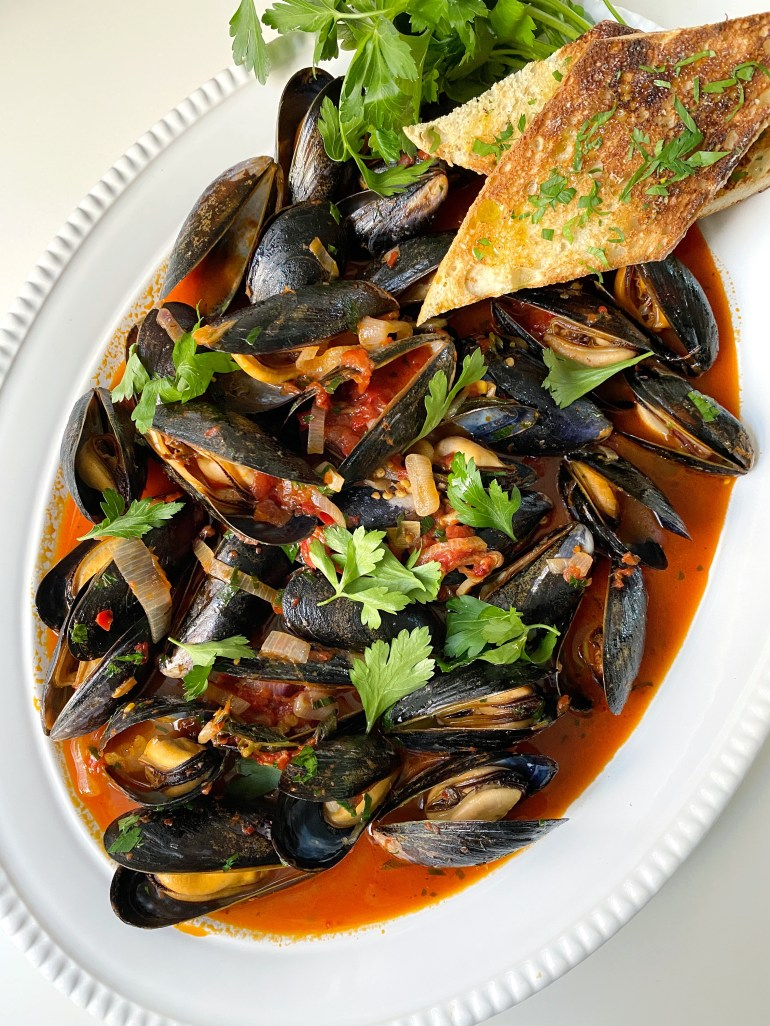 Spicy Mussels in Tomato Sauce - Season and Serve Blog