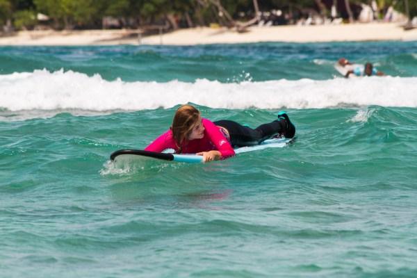 Hakula surf 09.jpg