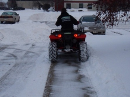 small-snow-plow-removal-obx3