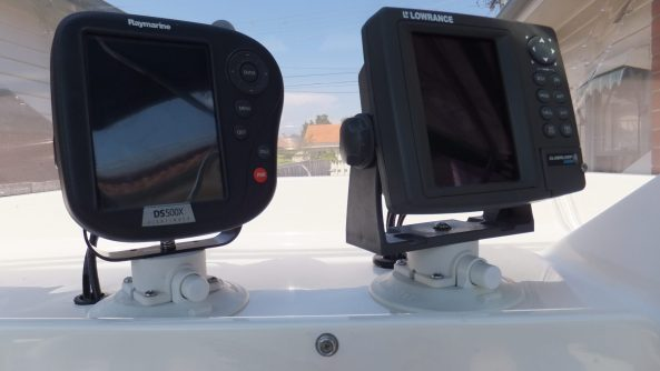 GPS & Fish Finder secured with Vacuum Mounts