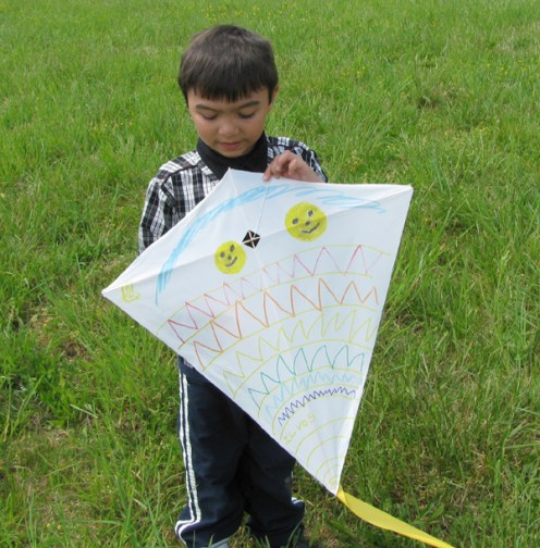 kite_making_2