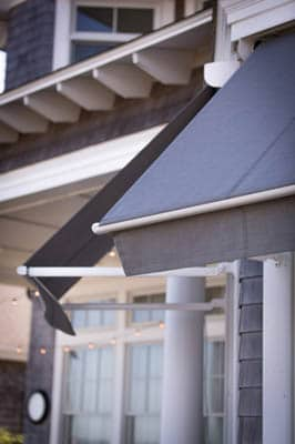 Retractable and solar-powered awnings in Seattle & Bellevue