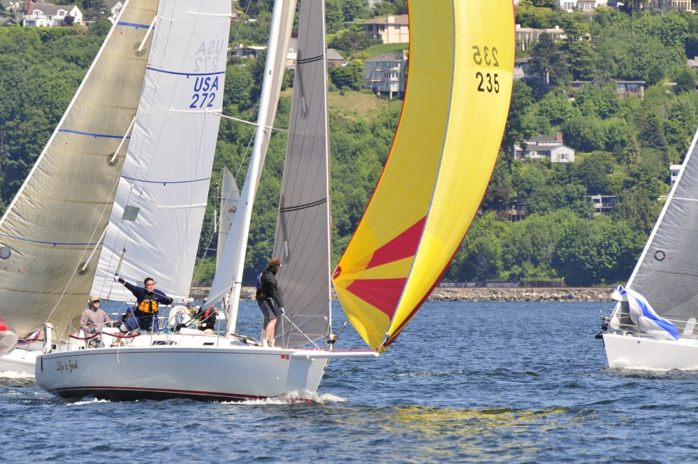 medium resolution of from casual to competitive beginner to advance the racing programs are open to all levels of sailing experience we see racing as a fun way to learn how