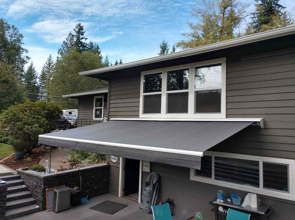 Fixed patio cover with acrylic panels