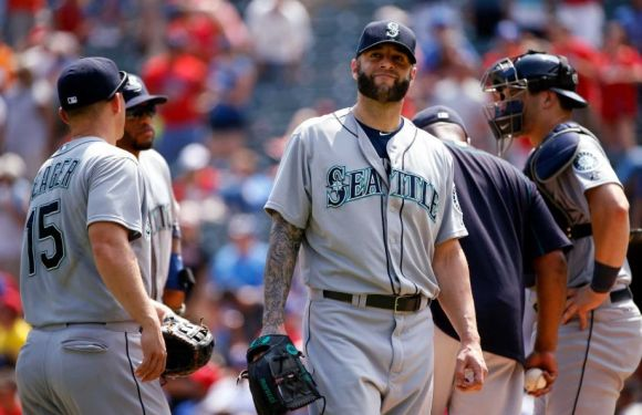 Seattle Mariners: M's Melt in the Sweltering Heat of Arlington, drop 2 of 3 to the Home Run Happy Rangers