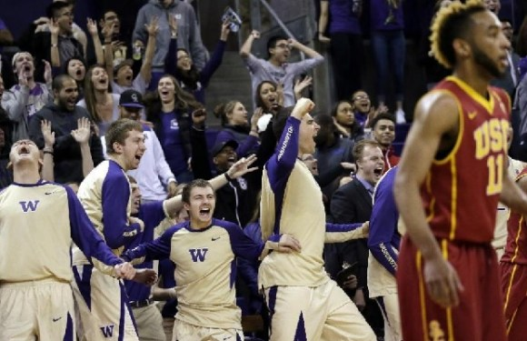 Huskies overcome 22 point deficit to overcome USC Trojans 88-87
