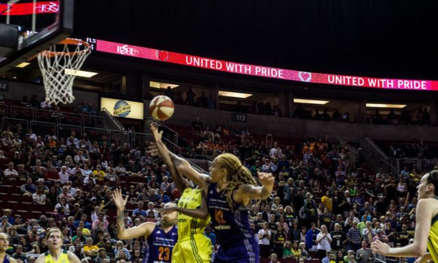 STORM LOSE AT THE BUZZER, DROP TO .500 LOSING TO MERCURY 85-82