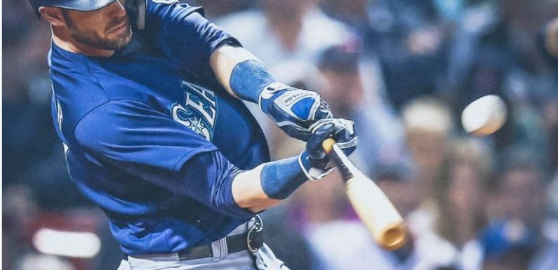 Mariners salvage horrific week with a win