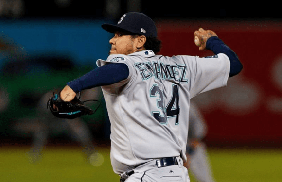 Mariners miserable road trip ends with a sweep by Red Sox