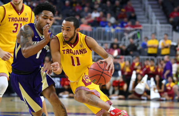 Huskies rebound from stunning loss to beat up downtrodden USC