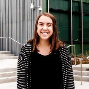 Kelly Hunter 600x600 300x300 - Biochemistry Senior Honored for Renewable Energy Research