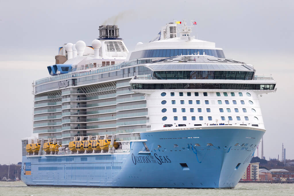 Ovation of the Seas - SEAVIEW CRUISES | Cruise Lines. Cruise Ships & Cruise Information