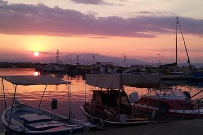 Ηλιοβασίλεμα στο λιμάνι της Καβάλας, Ελλάδα