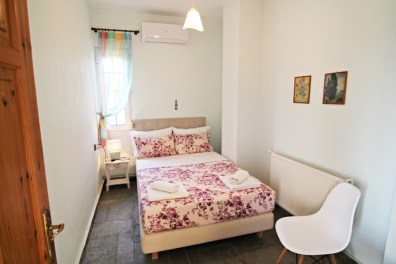 Bedroom with double bed on the 2nd floor, Villa Relax, Thassos Island