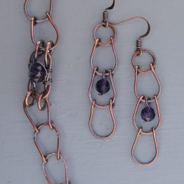 Copper horseshoe link and Swarovski bead set