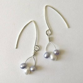 image of Lilac and White Freshwater Pearl earrings