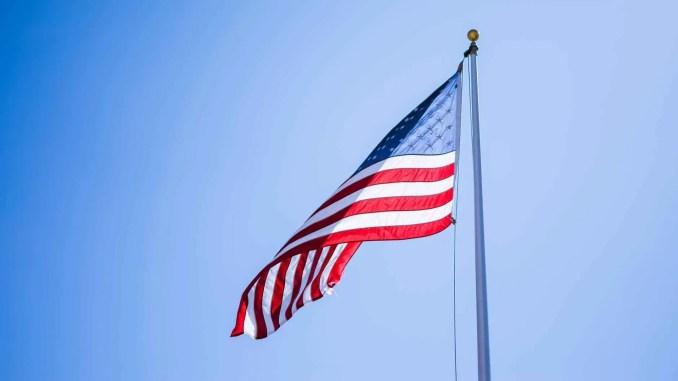 drapeau américain - close up photography of american flag