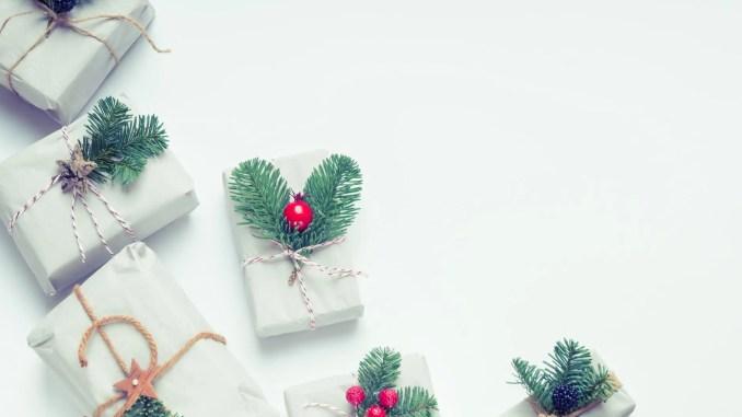 - a l interieur arc boites cadeaux