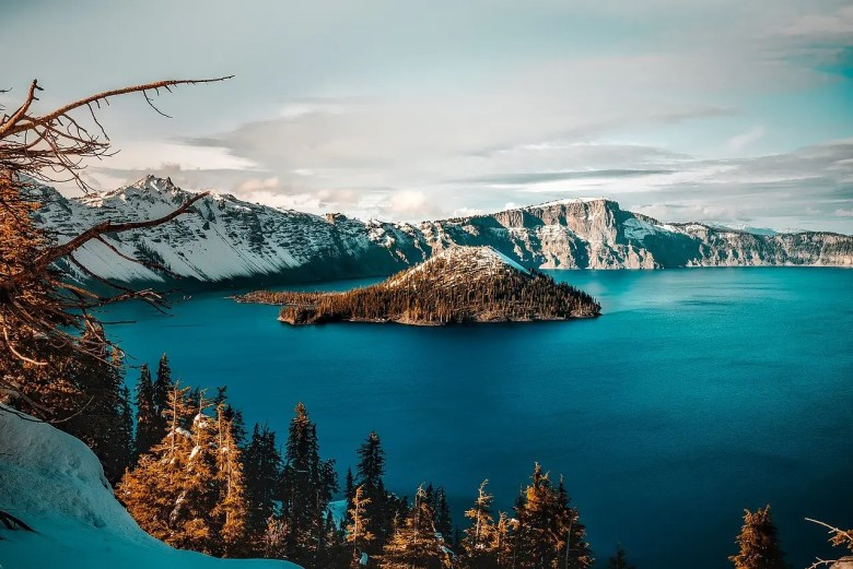 pacific crest trail crater lake oregon