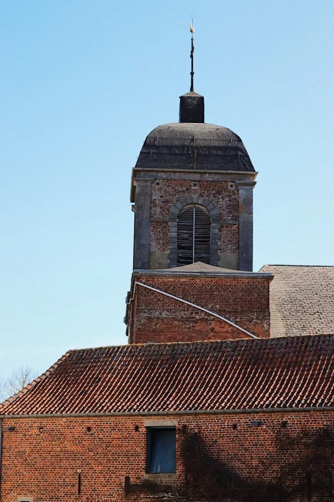 loupoigne indrani lodge clocher église
