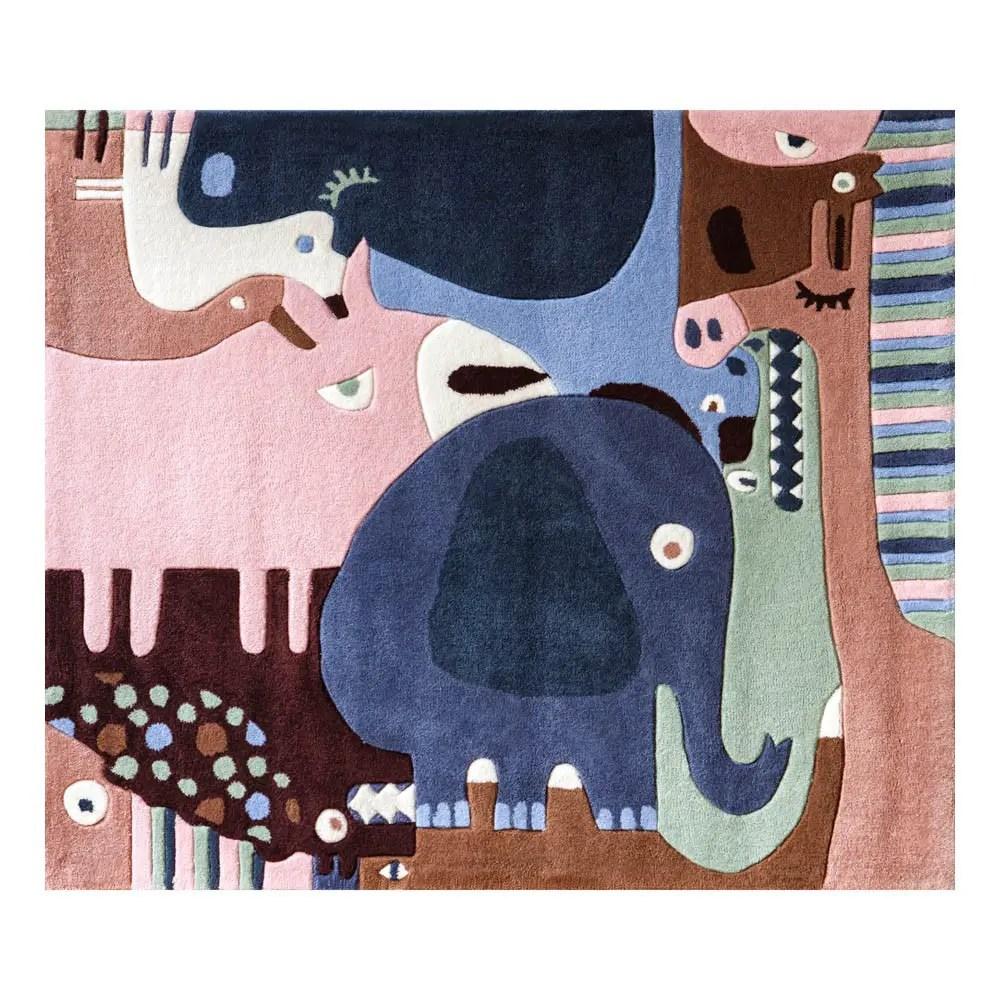 Décoration chambre enfant: tapis animaux moelleux