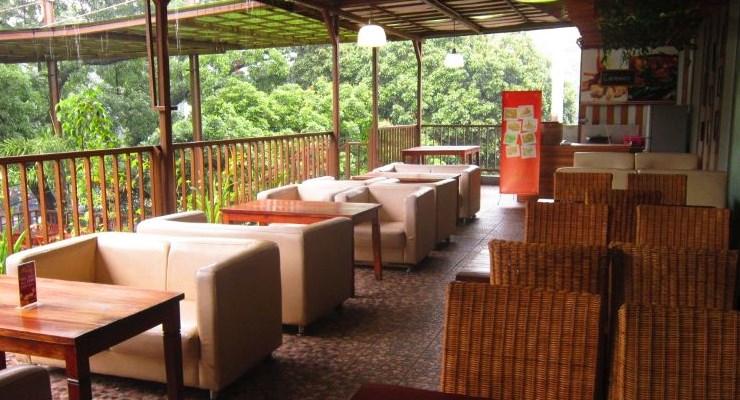 Tempat Makan Diketinggian Bandung