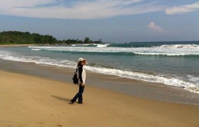 Pantai Pasir Putih Ciantir