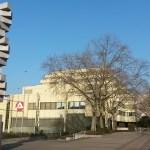 Die Endlose Treppe  - Das Prinzip Hoffnung - zur Erinnerung an Ernst Bloch sehr symbolträchtig direkt beim Arbeitsamt / Jobcenter Auch hier stirbt die Hoffnung als vorletztes und dann der Hartz IV Empfänger.