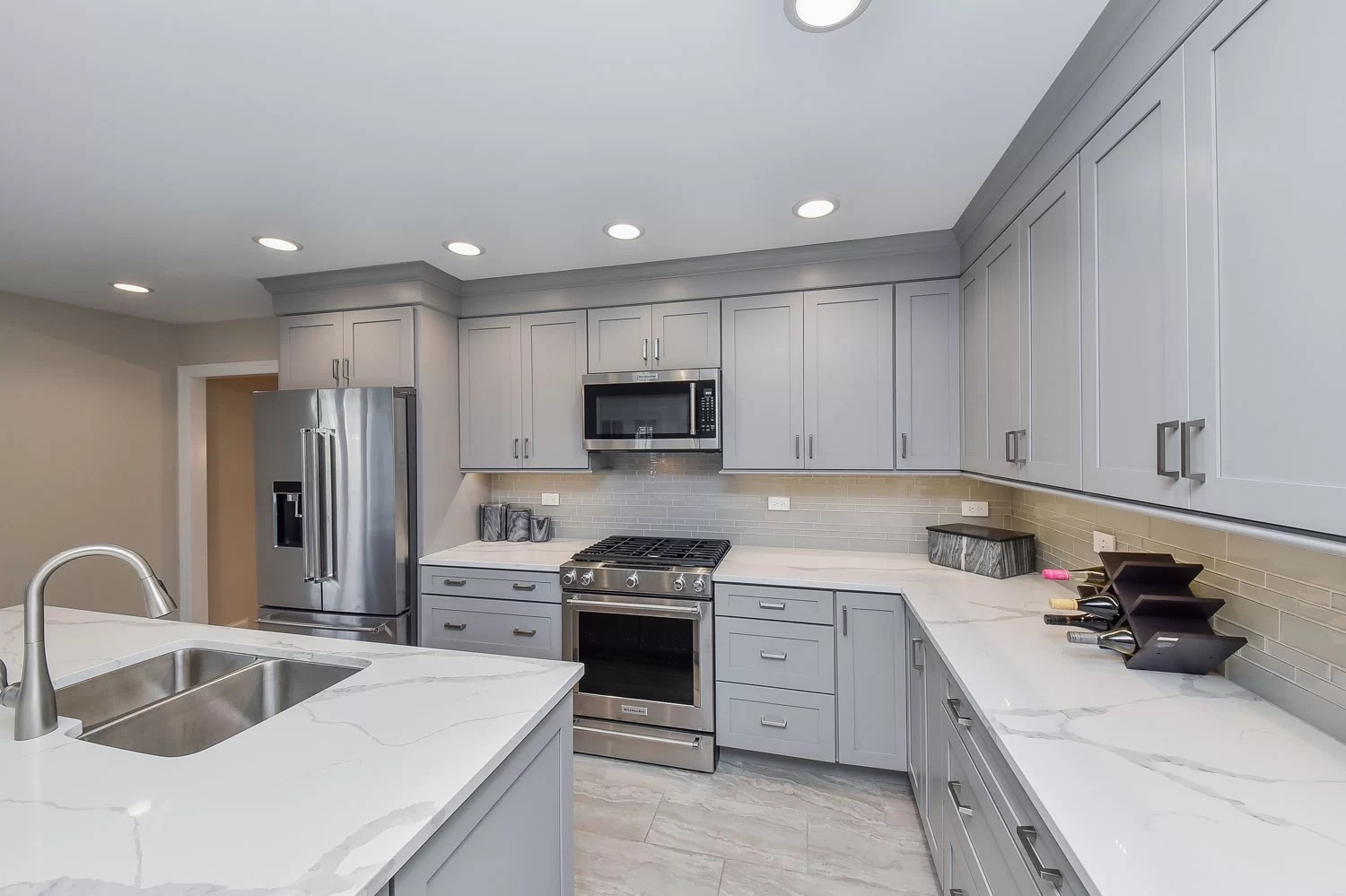 A Downers Grove Kitchen Remodel Project Pictures  Home Remodeling Contractors  Sebring Design