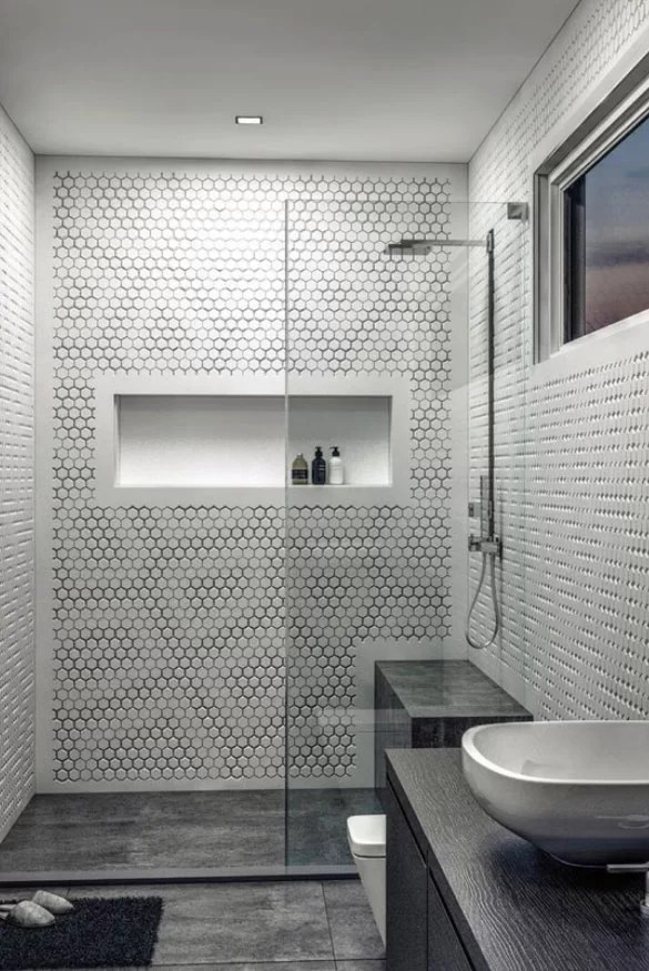 5 Myths About Tub and Shower Wall Panels