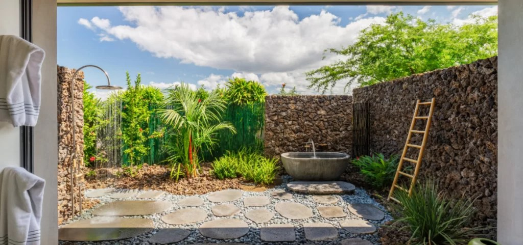 21 awesome outdoor shower design ideas