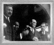 Mustafa Kemal, İstanbul'da, Kazım Özalp ve Şükrü Bey ile (1927)