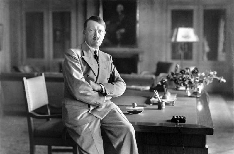 Adolf Hitler vince le elezioni in Namibia
