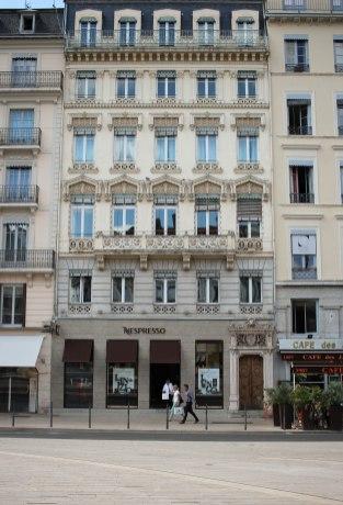 Lyon12
