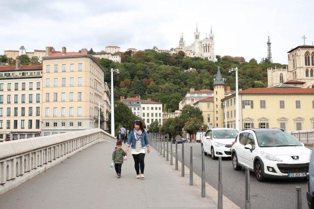 Lyon32